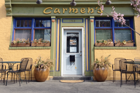 Carmens-Cafe-Front